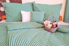 Tkané bavlněné povlečení  LUX 70x90, 140x200 kanafas zelené srdíčko