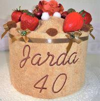Veratex Textilní dort s výšívkou jména (osuška 70x140cm) výběr ze 22 barev osušek